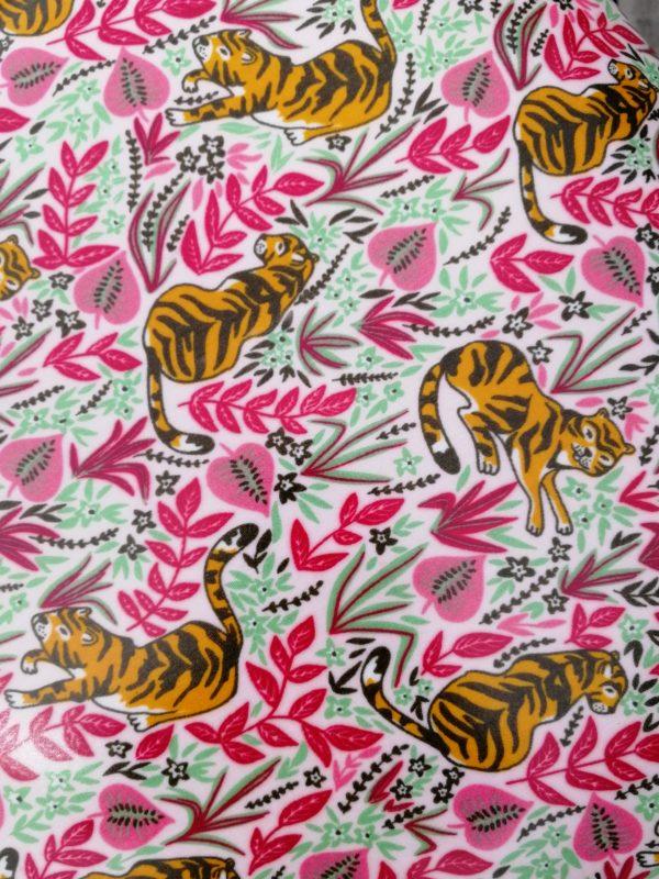 Tissu enduit tigre et feuillage